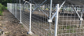 太陽光発電のフェンス